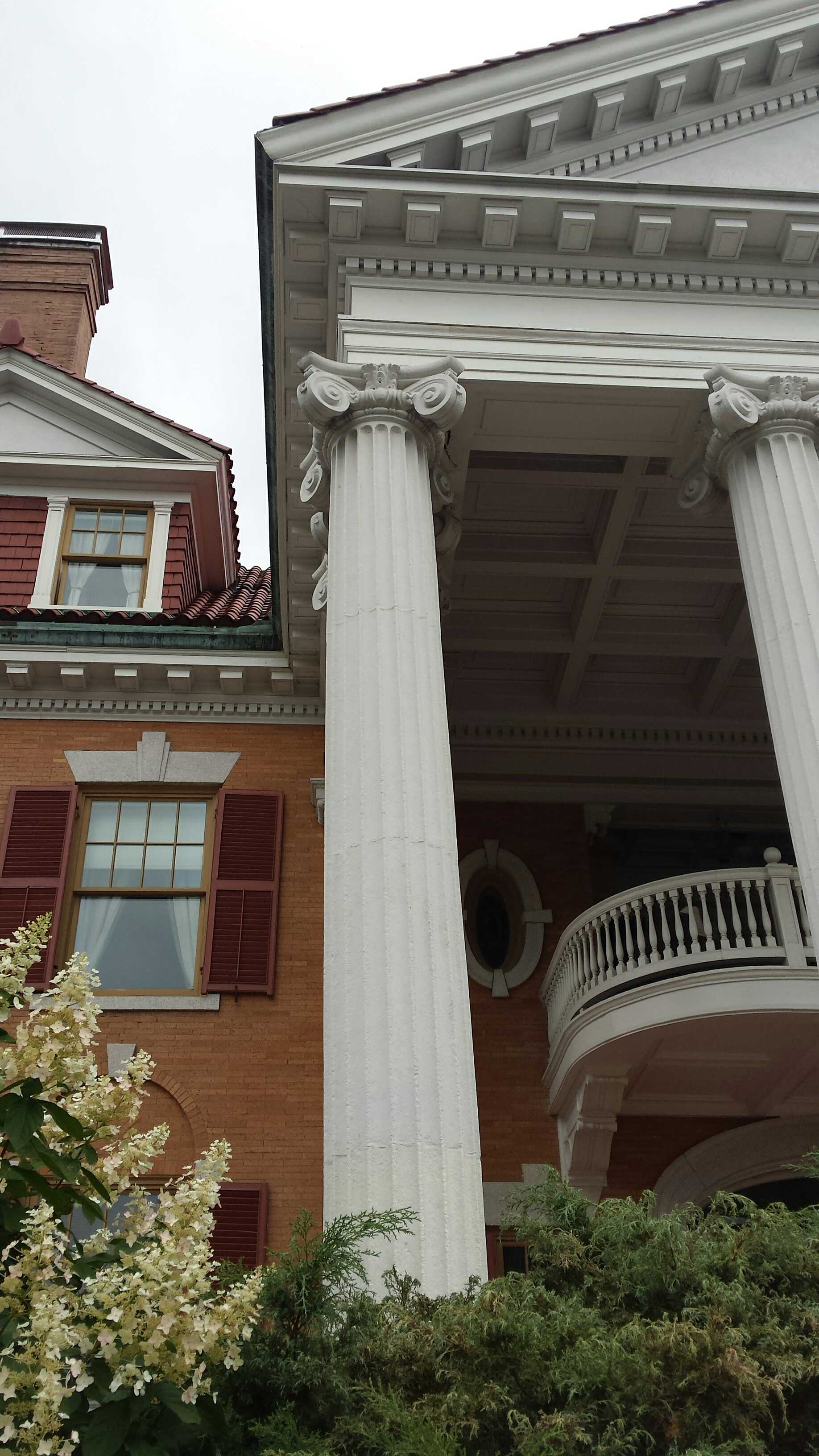 Adding a balcony to a house - Some Truly Awe Inspiring Columns